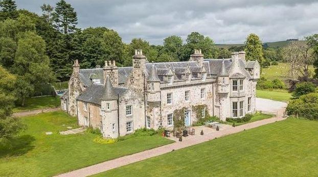 El castillo, propiedad de la familia de la actriz, donde la pareja contrajo matrimonio