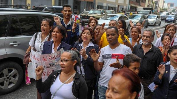 Se realizaron llamados para que el pueblo se sume a las protestas (EFE)