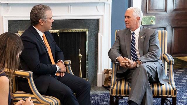 El presidente colombiano Iván Duque y el vicepresidente de Estados Unidos, Mike Pence.