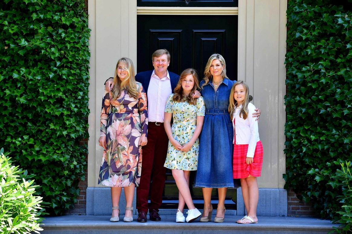 La foto de la Familia Real de Holanda, luego de 17 años juntos: Amalia, Guillermo, Alexia, Máxima y Ariana en Wassenaar