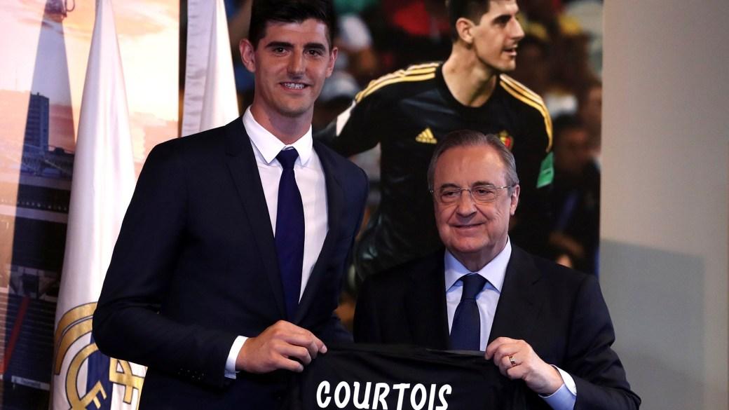 Courtois firmó hasta 2023 con el Real Madrid (Reuters)
