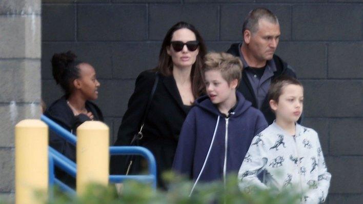 Angelina Jolie y Brad Pitt continúan en una batalla legal por la custodia de sus 6 hijos (Grosby Group)