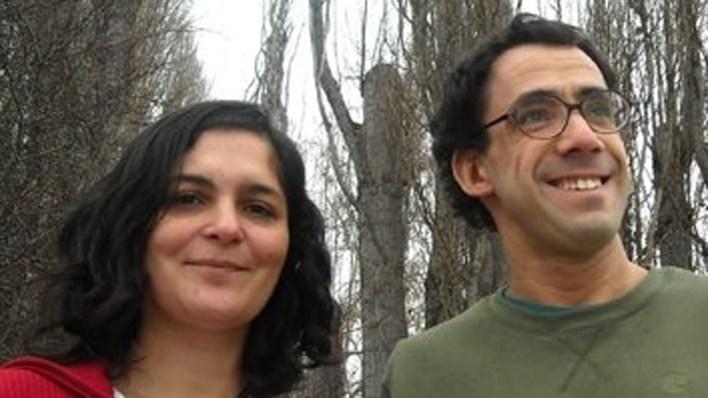 Sebastián Risau-Gusman y María Fabiana Laguna, investigadores del Grupo de Física Estadística e interdisciplinaria del Centro Atómico Bariloche (CAB) y del Conicet.