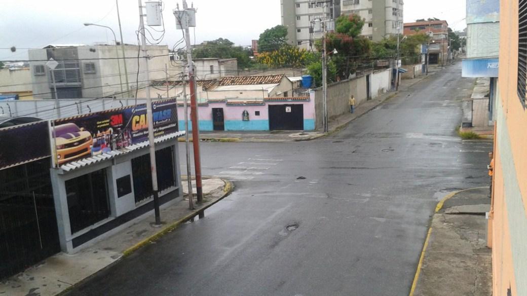Las calles de Lara están desiertas (@mabelen07)