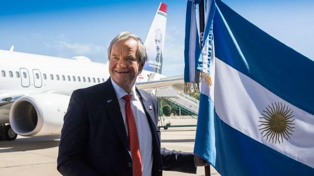 Kjos, en marzo, cuando acompañó a los reyes noruegos en una visita al país (Norwegian Air Argentina)