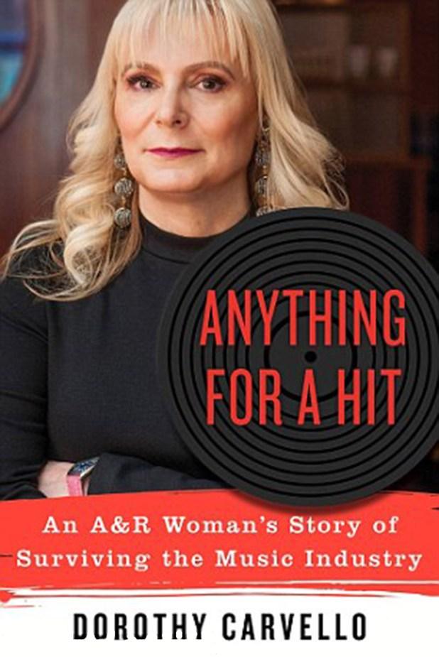 El explosivo libro de Dorothe Carvello