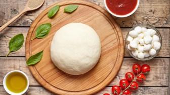 Un maestro pizzero reveló cuál es el secreto para hacer una pizza perfecta - Infobae