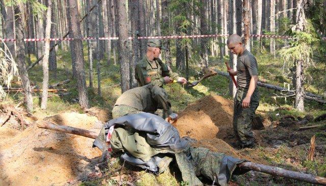 Las excavaciones en Sandarmoj intentarían reescribir la historia. (Georgy Chentemirov/Meduza)