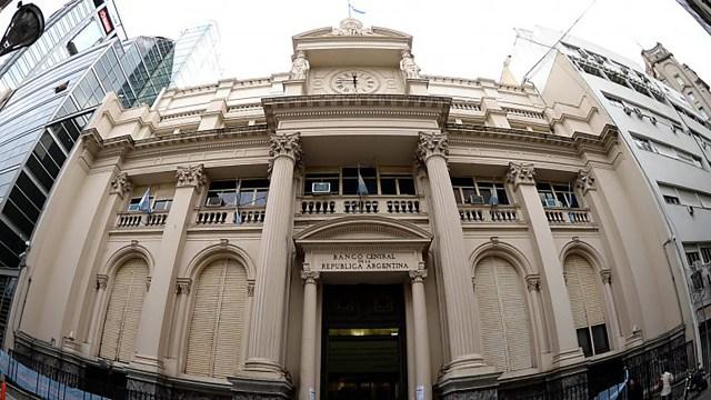 El Banco Central reflejó otra caída en los préstamos privados (DyN)