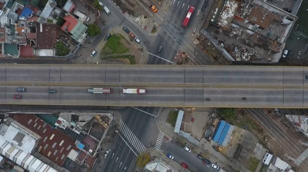 """""""La elevación de la traza permitirá eliminar interferencias y mejorar las condiciones de seguridad vial, lugares de espera, áreas peatonales y flujos de tránsito"""", dice la Secretaría de Transporte del Gobierno de la Ciudad"""