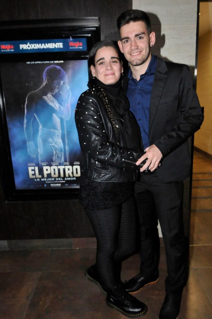 Patricia Pacheco y su hijo, Ramiro Bueno