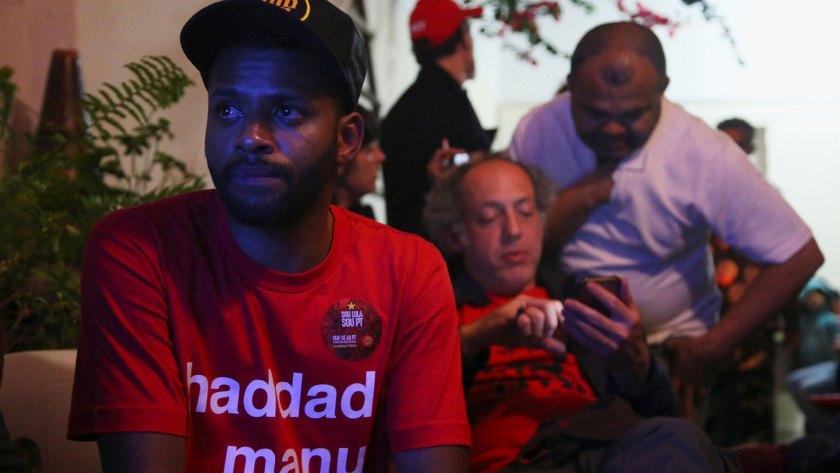 Tristeza entre los votantes del PT (AFP y Reuters)