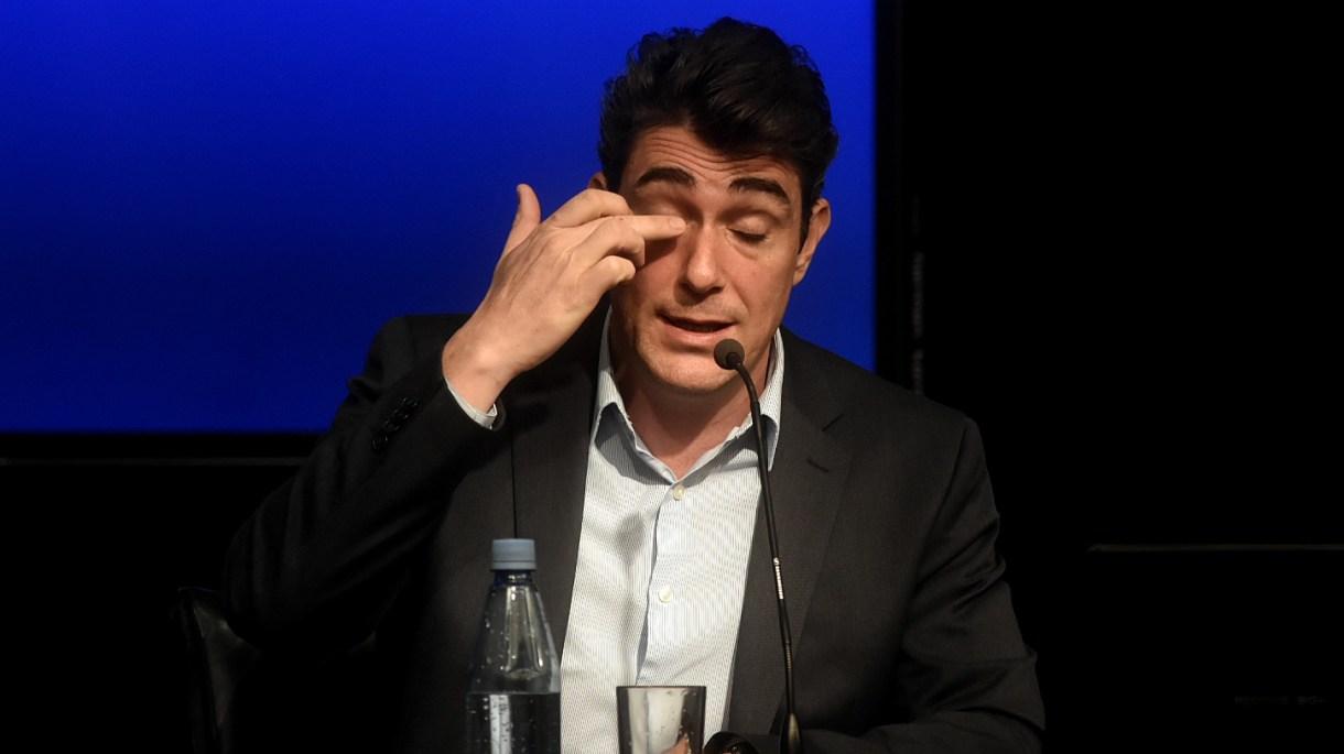 Javier Iguacel, entonces secretario de Energía, anunciando un aumento de gas en octubre del año pasado (Foto: Nicolás Stulberg)