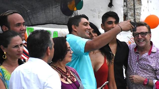 """La selfie del director de Distriseguridad, Víctor Hugo Arango, con la proxeneta """"La Madame"""""""