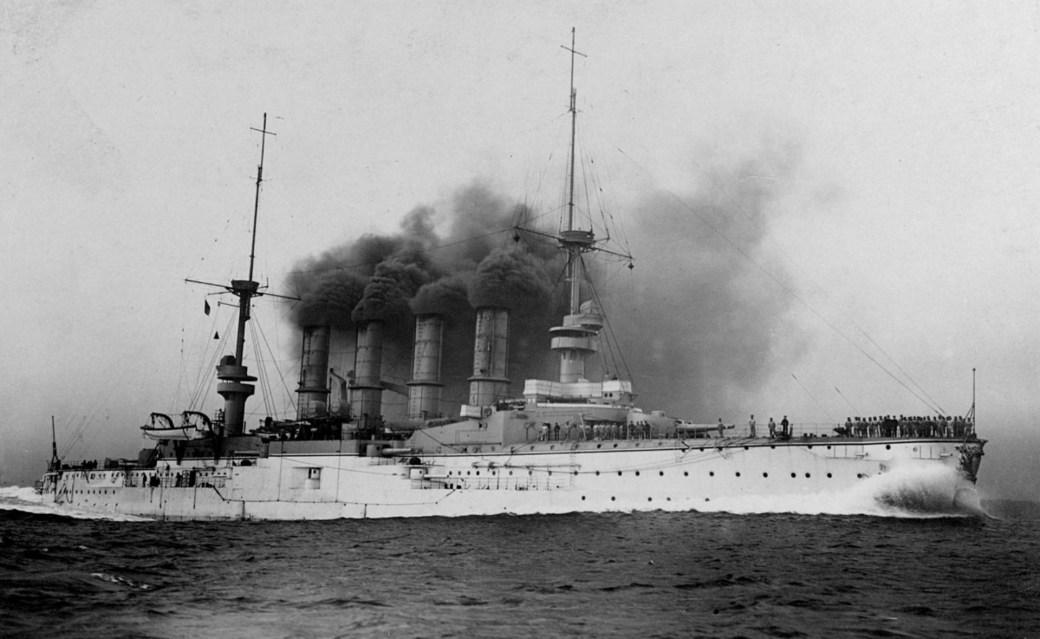 El SMS Scharnhorst, busque insignia de la Escuadra de Asia Oriental. Fue hundido en 1914 frente a las Islas Malvinas, llevándose consigo al capítan de la flota, Maximilian Von Spee (U.S. Office of Naval Intelligence)