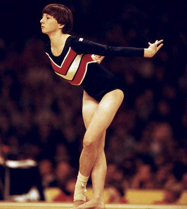 La ex gimnasta reveló su oscuro pasado
