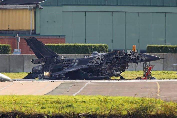 Bélgica opera los F-16 en misiones de patrullaje en el Báltico (Twitter: @khalid_pk)