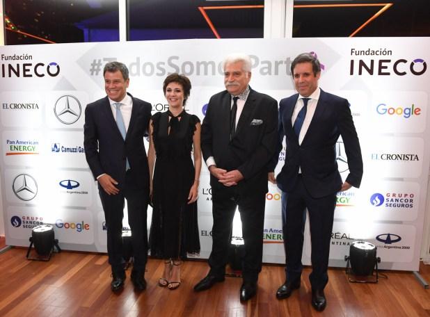 Facundo y Josefina Manes junto a Jorge Asís y Gastón Manes