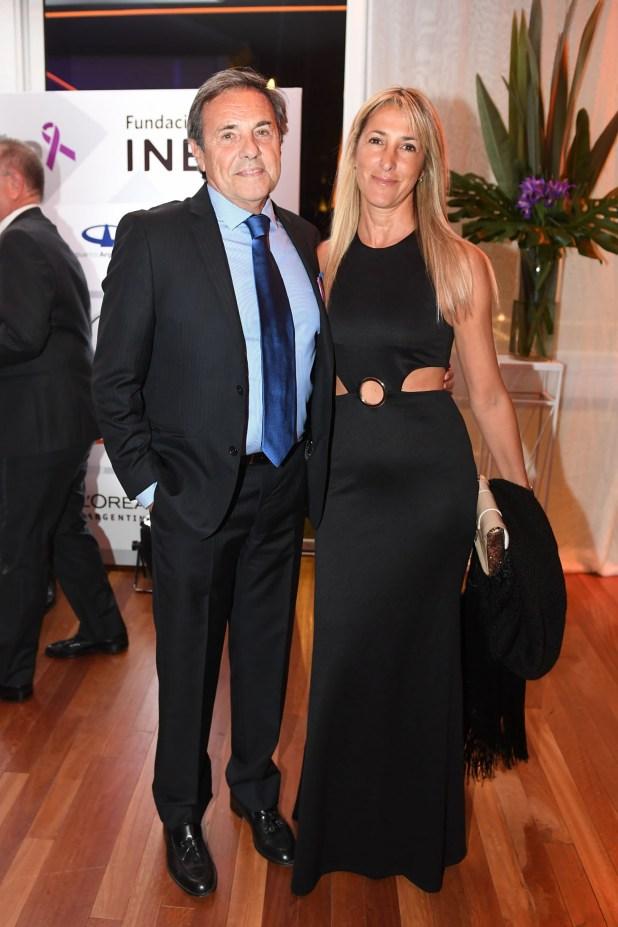 Jorge Sánchez Cordova y su pareja Lili