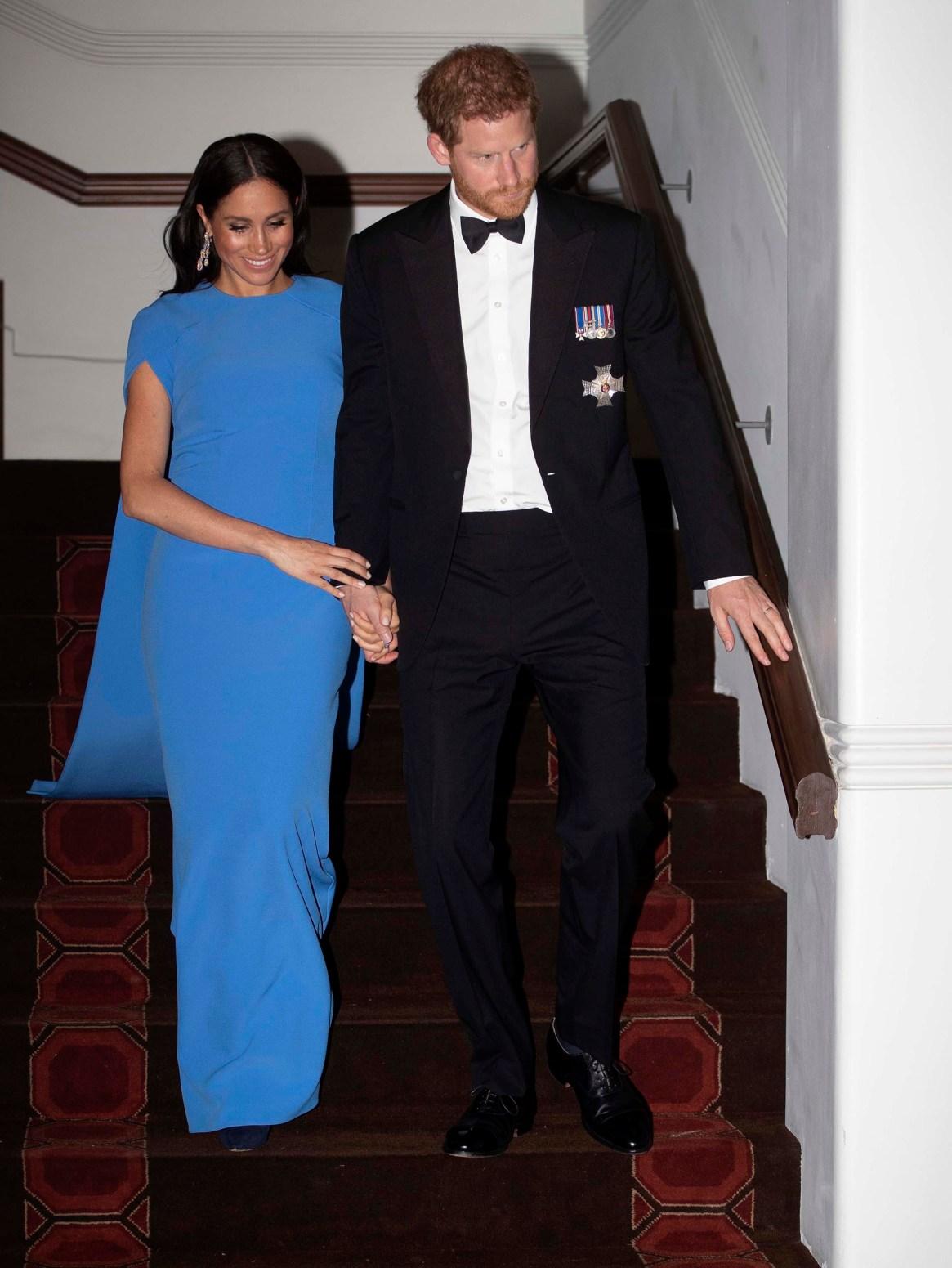 Meghan Markle y el príncipe Harry esperan su primer hijo para fines de abril (AP Images)