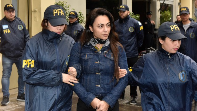 Carolina Pochetti (Adrián Escandar)