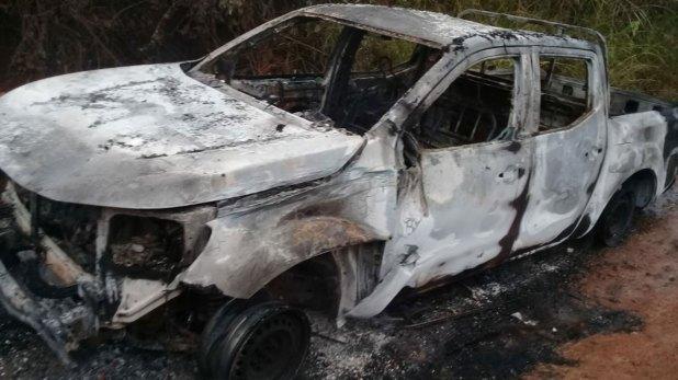 La comunidad de Patía incineró un carro policial para proteger al comandante del ELN alias 'Conejo'.