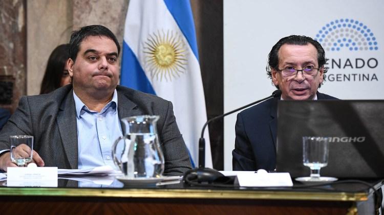 Jorge Triaca y Dante Sica (foto Charly Díaz Azcue / Comunicación Senado)