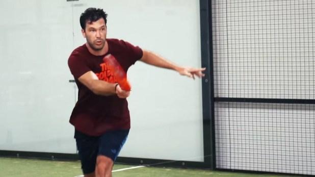 Acasuso jugaba de chico, dejó por el tenis y tras el retiro volvió a retomar el padel