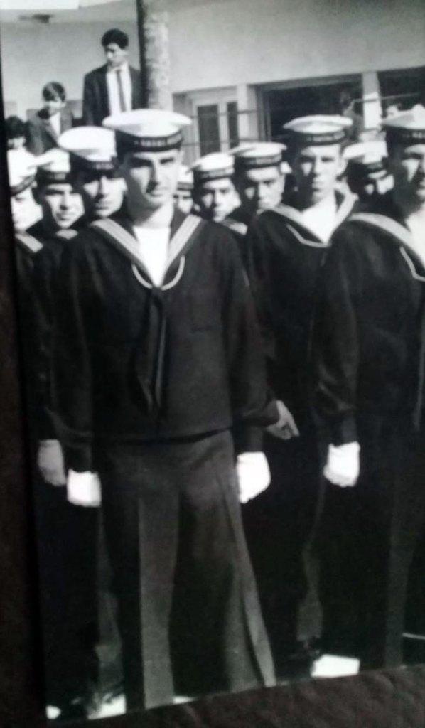 Roberto Rodríguez, en primer plano. En esa época tenía 21 años. Hoy cincuenta años después quiere reencontrarse con sus ex compañerosde colimba
