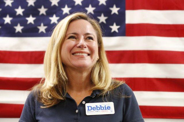 Debbie Murcasel-Powell, de origen ecuatoriano, ganó en el Distrito 26 de la Florida.(AP)
