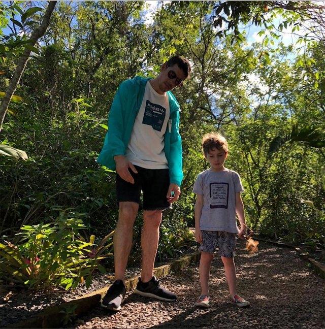 Lamothe y su hijo. (Foto Instagram)