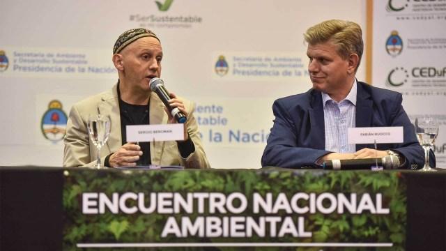 Ruocco junto al secretario de Ambiente y Desarrollo Sustentable, Sergio Bergman. Foto: Guillermo Llamos/DEF.