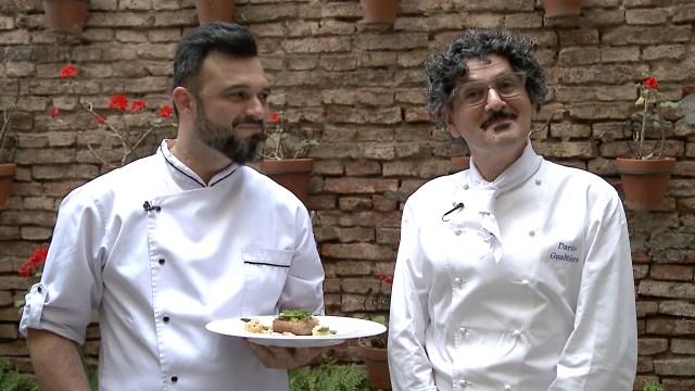"""En exclusiva para Infobae los reconocidos chefs argentinos Nahuel Pomponio y Darío Gualtieri nos deleitaron con un exquisito """"cabrito con acento cordobés"""""""