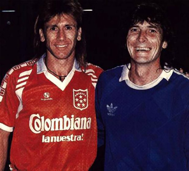 Los argentinos Ricardo Gareca y Julio Cesar Falcioni fueron parte de la plantilla del club caleño.