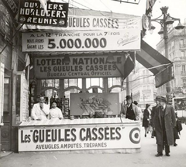 Quiosco de lotería de los Gueules Cassées en Marsella