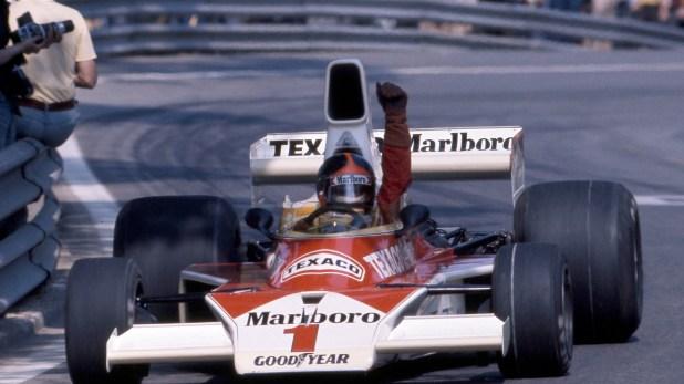 Emerson saluda tras un de sus tantos triunfos en la escudería McLaren (The Grosby Group)