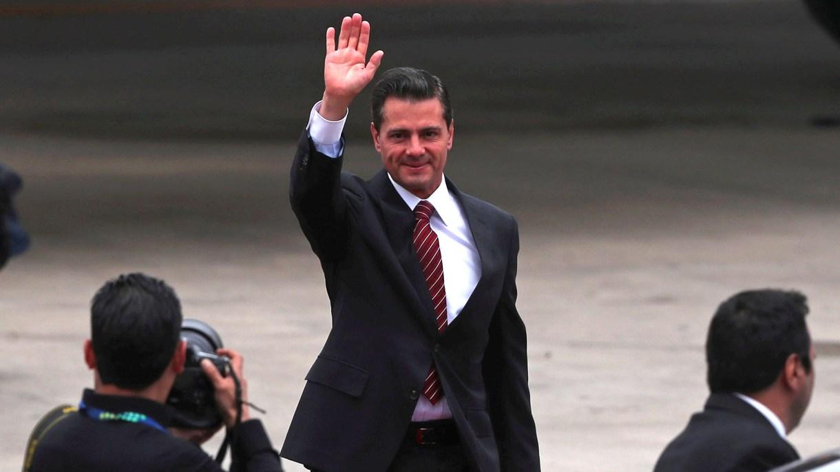 Enrique Peña Nieto en un viaje cuando aún era Presidente de México(Foto: REUTERS/Martin Acosta)
