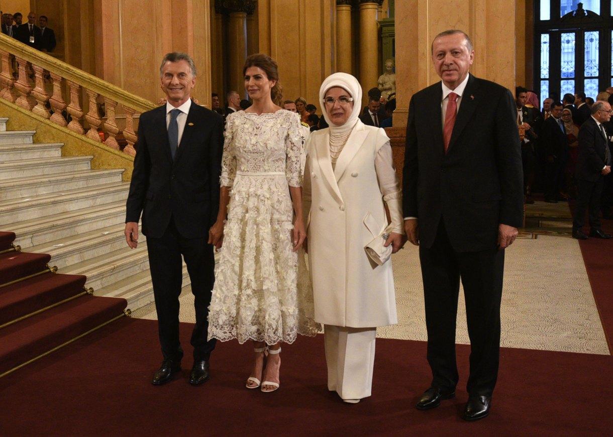 Mauricio Macri, Juliana Awada junto a Emine Erdoğan y Recep Tayyip Erdoğan de Turquía (Presidencia)