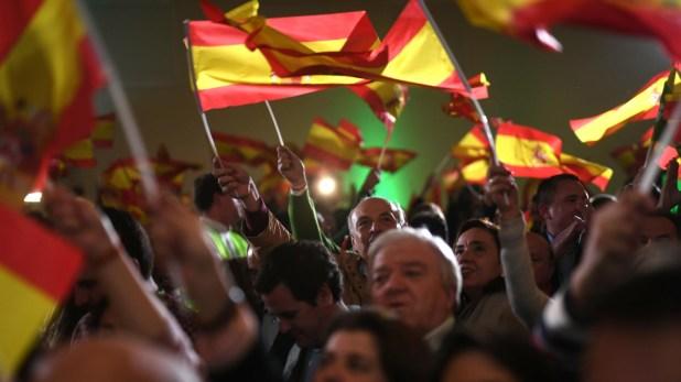 Los seguidores de Vox celebraron los resultados de la elección en Andalucía