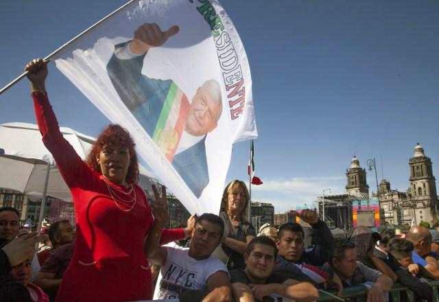Su encuentro cara a cara con la ciudadanía ha permitido que los mexicanos simpaticen con él (Foto: AFP)