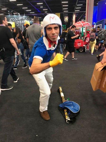 Lucas, de Rio de Janeiro, en el traje deMeteoro.