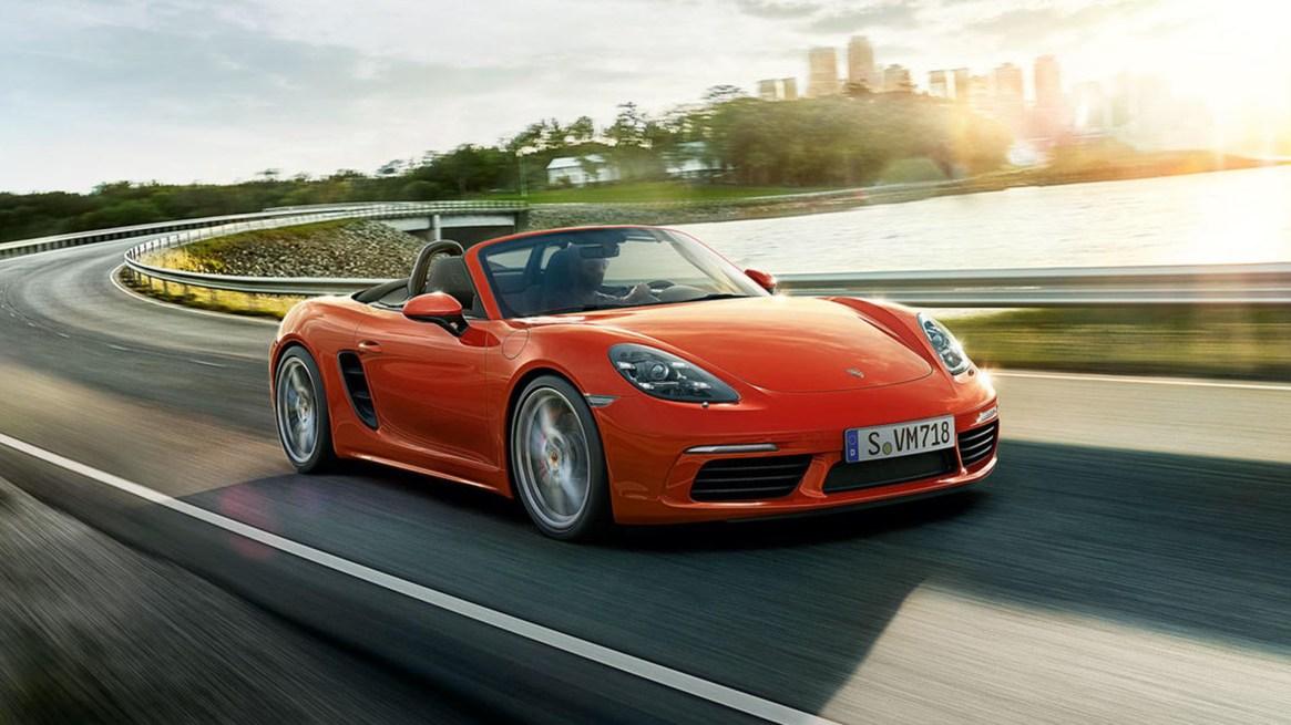 8e704fa68a79 Entre los productos del remate hay un Porsche Boxster descapotable año 1999  que saldrá a subasta
