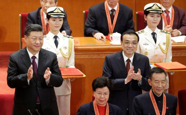El presidente chino Xi Jinping y el primer ministro Li Keqiang (REUTERS/Jason Lee)