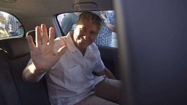 Amado Boudou sale de la cárcel de Ezeiza para comenzar su arresto domiciliario monitoreado por una tobillera (Gustavo Gavotti)
