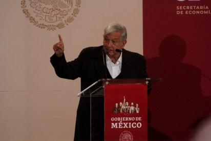 El mandatario reiteró que hay vigilancia permanente para evitar el robo al combustible (FOTO: NACHO RUÍZ /CUARTOSCURO.COM)