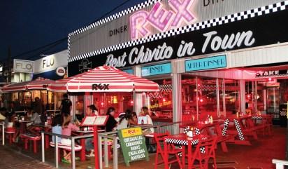 """El local de Rex, el diner de La Barra, """"best chivito in town"""" también en Punta del Este (rexbestchivitointown.com)"""