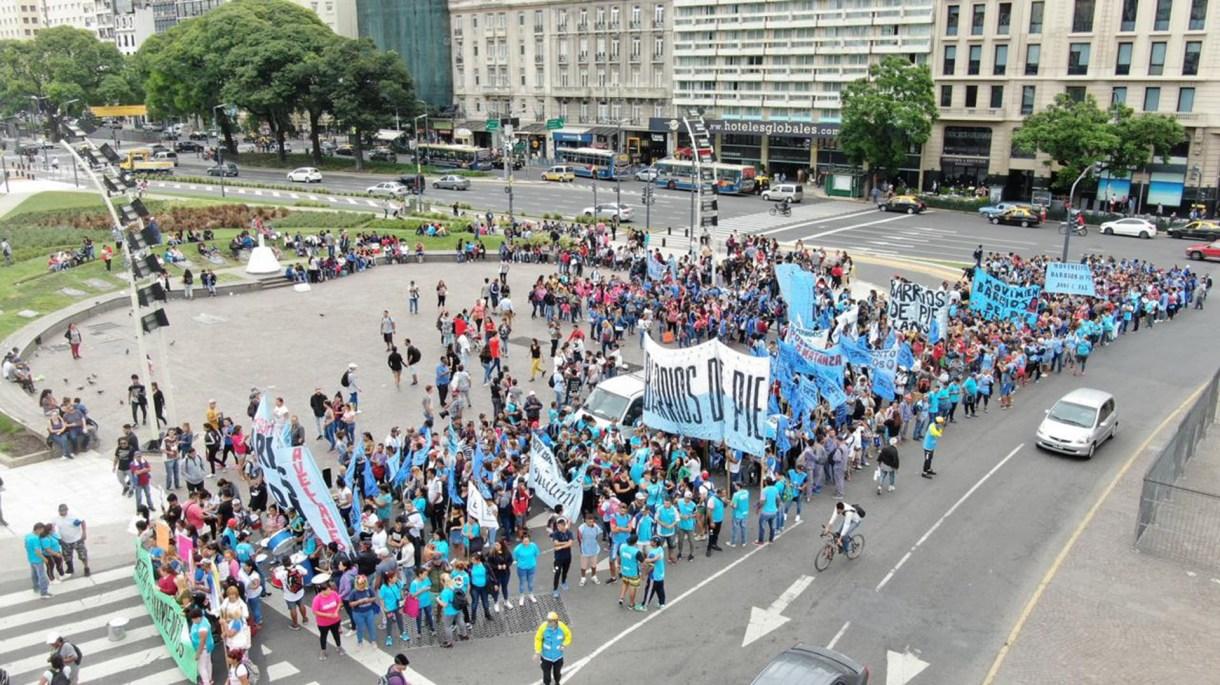Marcharon desde el Ministerio de Desarrollo Social hasta el Obelisco