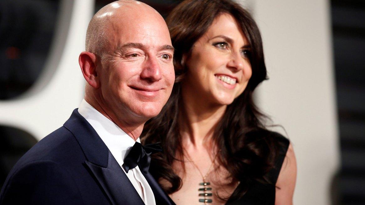 Se acabó el matrimonio entre el fundador de Amazon, Jeff Bezos, y su esposa, MacKenzie (Reuters)