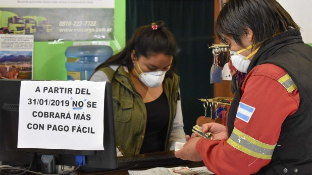 Los empleados aseguran que ya no se venden boletos de colectivo (Franco Fernández)