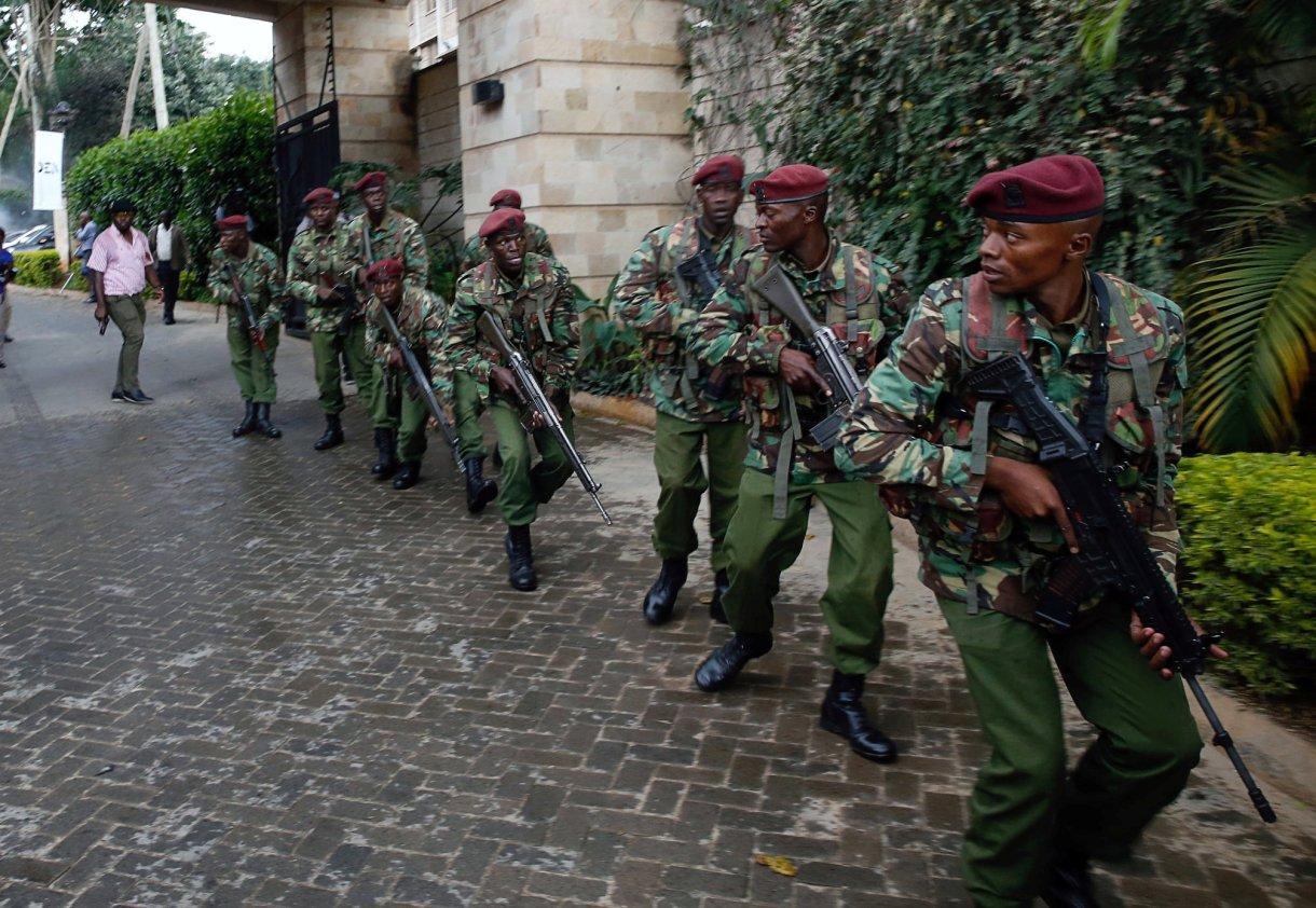 Fuerzas de seguridad se despliegan en la zona (Reuters)